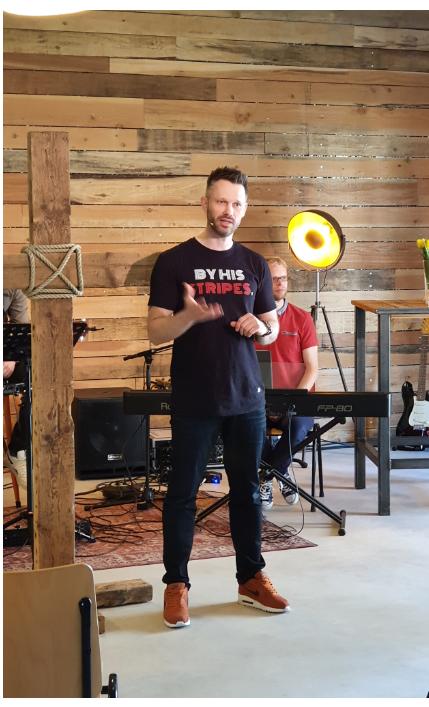 Samenkomst, spreker Jonathan Venema